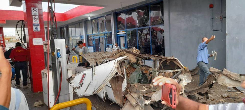 Barquisimeto: Explosión de un vehículo en E/S dejó dos lesionados (fotos+video) - febrero 9, 2021 8:34 pm - NOTIGUARO - Locales