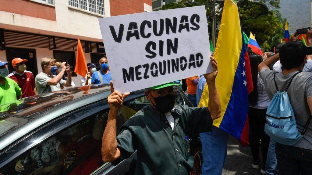 """Guaidó participó en protesta para exigir plan de vacunación """"sin discriminación"""" - abril 26, 2021 7:00 am - NOTIGUARO - Nacionales"""