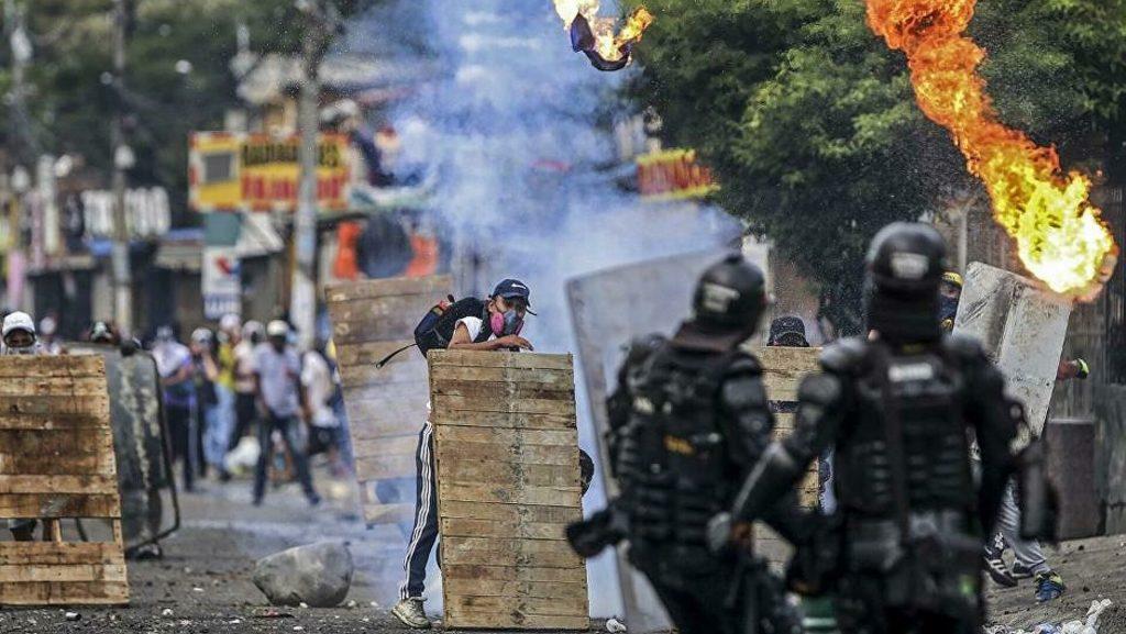 Colombia: Cali fue sacudida por tercer día por protestas contra reforma fiscal - mayo 1, 2021 11:38 am - NOTIGUARO - Internacionales