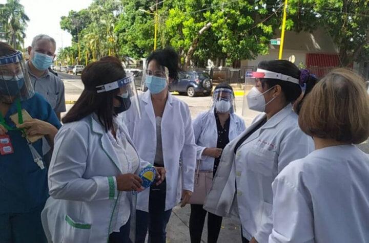 Carabobo: Personal médico denuncia que son rechazados en jornadas de vacunación contra el Covid - mayo 31, 2021 9:30 pm - NOTIGUARO - Medicos