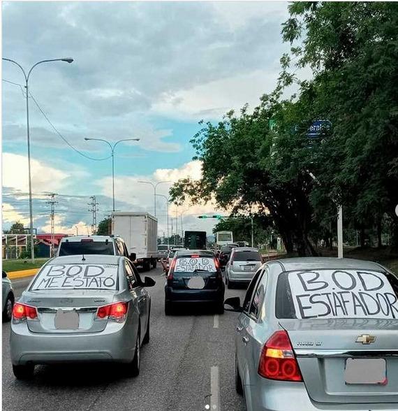 """En Valencia: Usuarios denuncian """"estafa"""" del BOD y exigen que se les devuelvan sus divisas - junio 16, 2021 11:25 pm - NOTIGUARO - Nacionales"""