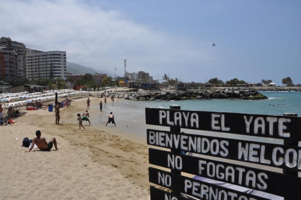 La Guaira: Recortan horario en las playas para evitar aglomeraciones - junio 8, 2021 11:34 pm - NOTIGUARO - Nacionales