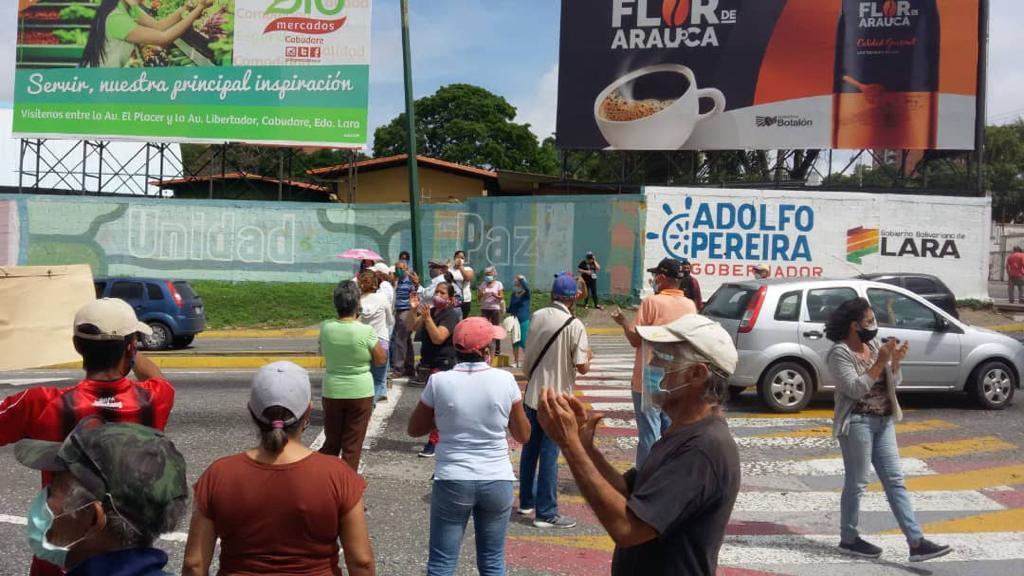 Lara: Habitantes del barrio 23 de enero en Barquisimeto, denuncian que llevan más de un mes sin agua - junio 4, 2021 11:46 pm - NOTIGUARO - Locales