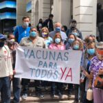 Caracas: Ciudadanos protestaron frente a la Cruz Roja para exigir vacunación masiva