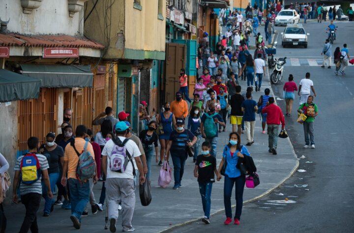 Venezuela registró 1.424 nuevos casos y 11 decesos, cifra se eleva a 242.138 contagios - junio 7, 2021 7:00 am - NOTIGUARO - cifras