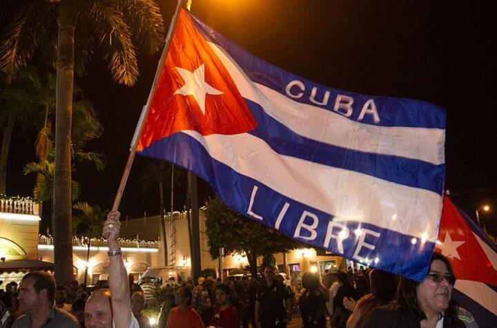 En Cuba: Manifestantes llegaron hasta el Capitolio para exigir libertad - julio 12, 2021 9:10 am - NOTIGUARO - Cuba