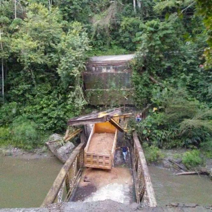 Puente que comunica a comunidades en Cojedes colapsó este #17Jul - julio 18, 2021 5:58 pm - NOTIGUARO - Nacionales