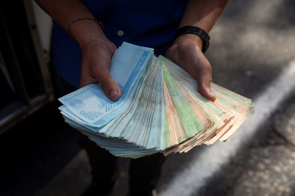 Bloomberg: BCV planea eliminar seis ceros al bolívar a partir de agosto - julio 2, 2021 9:00 am - NOTIGUARO - Economia