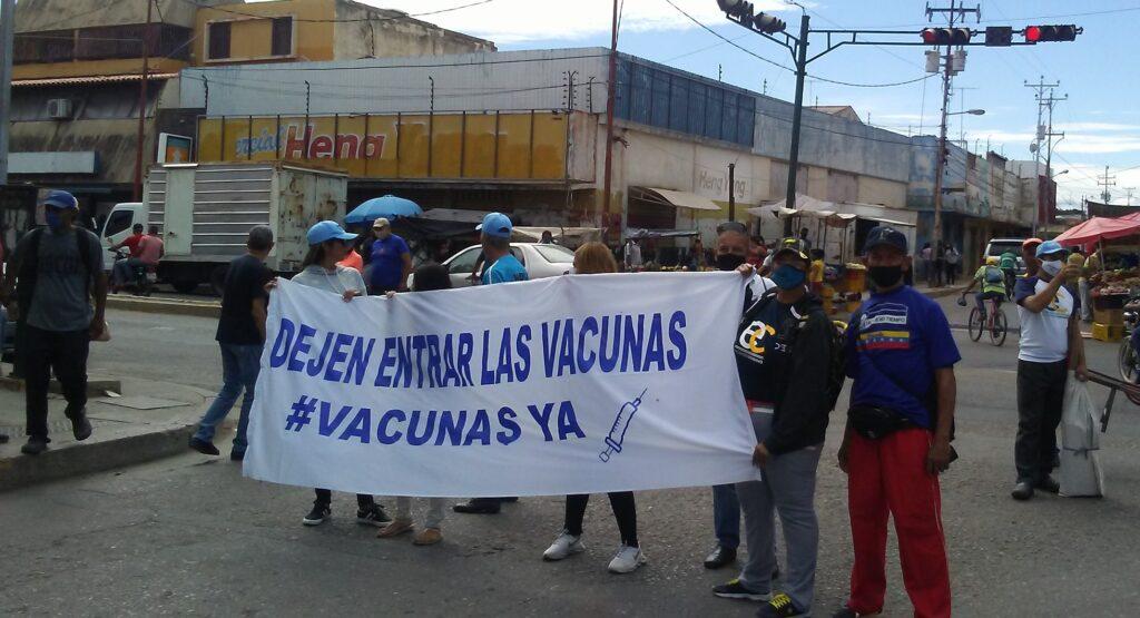 Organizaciones políticas protestaron en Carora por falta de combustible - agosto 12, 2021 1:35 am - NOTIGUARO - Locales