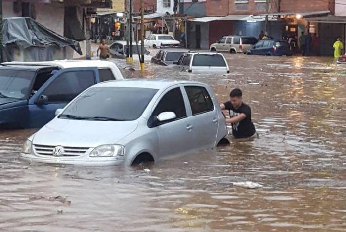 Gobierno Nacional dará viviendas a familias afectadas por las fuertes lluvias - agosto 13, 2021 10:15 am - NOTIGUARO - Nacionales