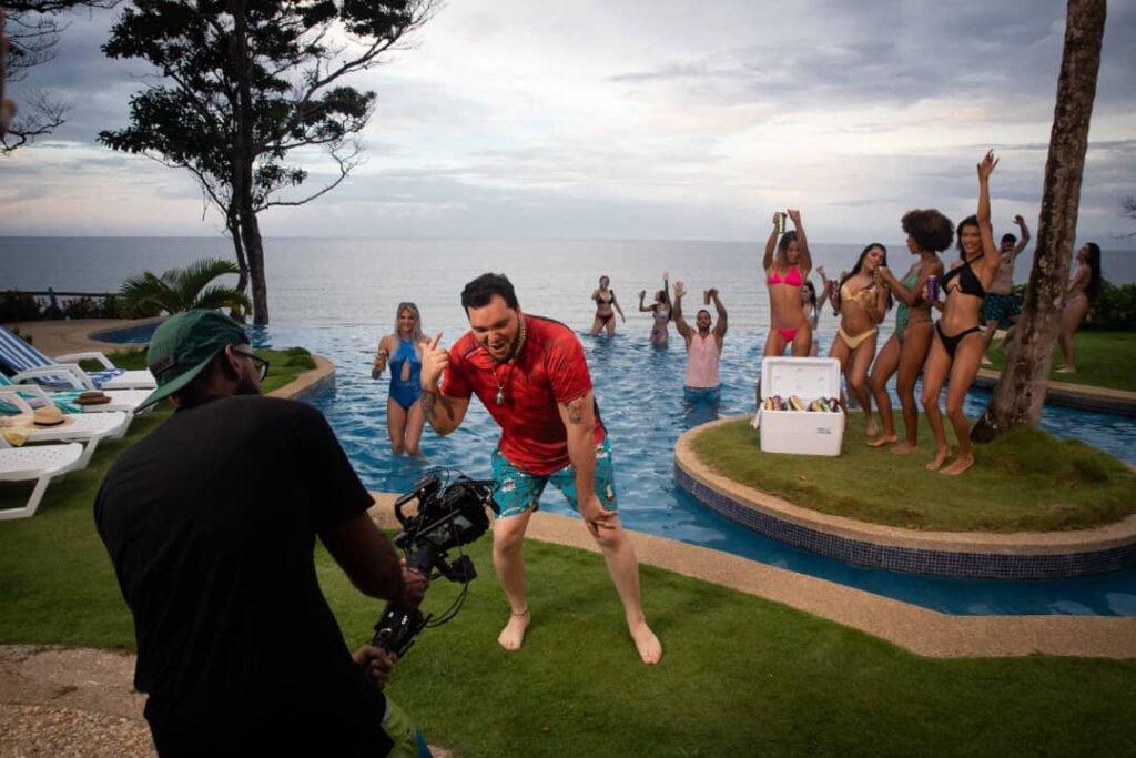 Four Loko estrena su himno y video oficial con Bronzon - agosto 22, 2021 8:59 pm - NOTIGUARO - Entretenimiento