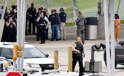 En EEUU: Un policía muerto y varios heridos deja tiroteo cerca del Pentágono - agosto 3, 2021 6:00 pm - NOTIGUARO - Internacionales