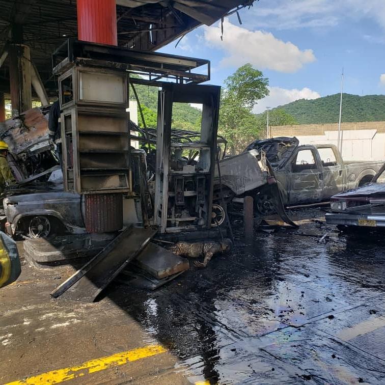 En Anzoategui: Un muerto y varios heridos deja explosión de estación de servicio - agosto 4, 2021 5:20 pm - NOTIGUARO - Nacionales