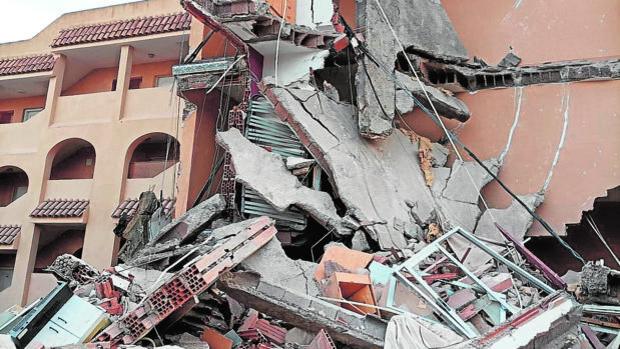 España: Edificio de tres pisos se derrumbó con tres personas en su interior, en Peñíscola - agosto 26, 2021 1:53 pm - NOTIGUARO - Internacionales