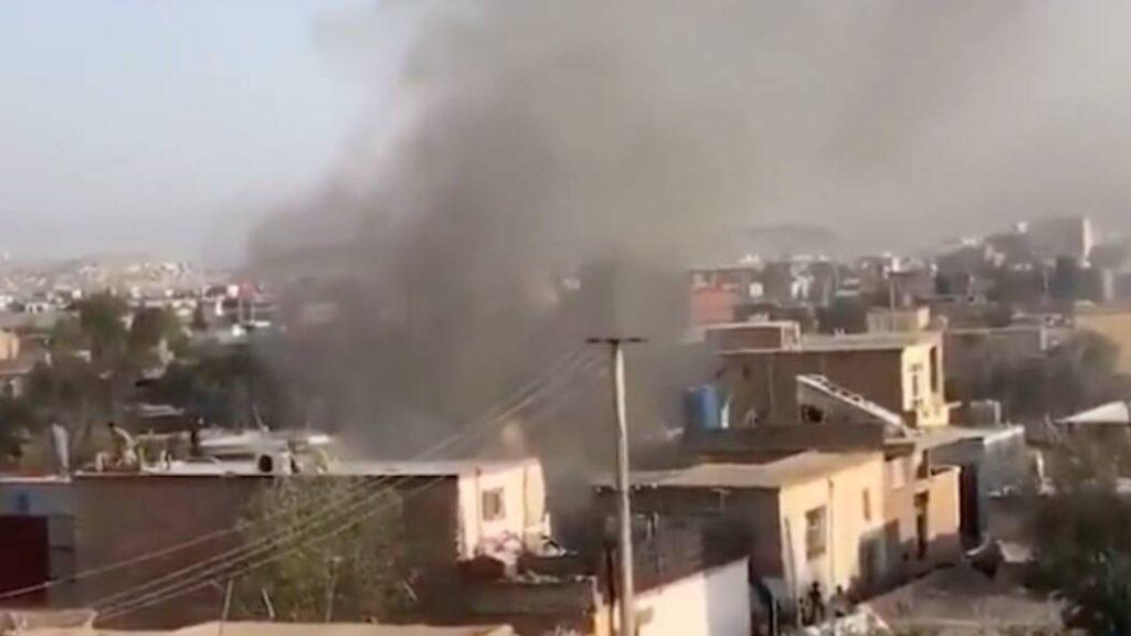 Fuerte explosión tras impacto de un misil contra un edificio residencial en Kabul - agosto 29, 2021 10:15 am - NOTIGUARO - Internacionales