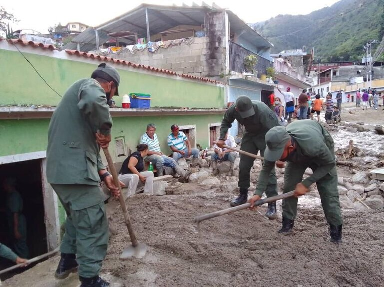 "Padrino López: ""FANB abocada en apoyar a familias afectadas por lluvias"" - agosto 26, 2021 1:11 pm - NOTIGUARO - Nacionales"