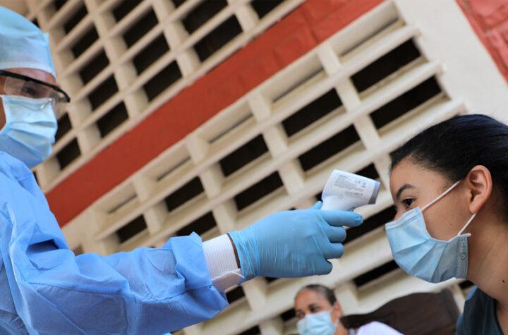 Venezuela reporta 907 nuevos contagios y 16 fallecidos, total se eleva a 306.673 - agosto 2, 2021 9:00 am - NOTIGUARO - Contagiados