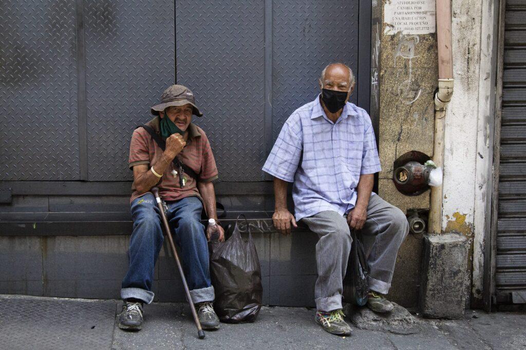 ¡Cifras alarmantes! El índice de pobreza en Venezuela es de 94,2%, según Encovi - septiembre 30, 2021 10:04 am - NOTIGUARO - Economia