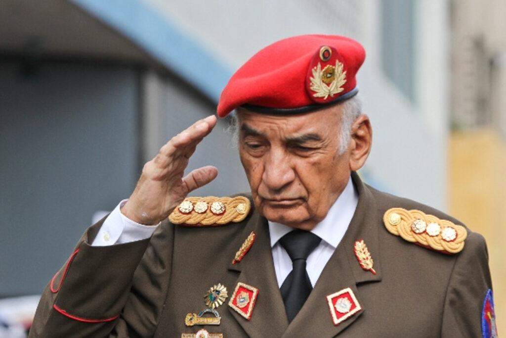 Falleció el general Jacinto Pérez Arcay, maestro de Hugo Chávez - septiembre 20, 2021 4:10 pm - NOTIGUARO - Nacionales
