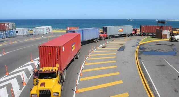 La Guaira: Aduaneros reportan bajas importaciones en artículos decembrinos - septiembre 21, 2021 5:34 pm - NOTIGUARO - Economia
