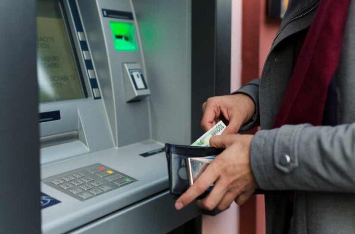 Por reconversión monetaria: Banca estará en pausa operativa este jueves y viernes - septiembre 28, 2021 10:03 am - NOTIGUARO - Economia