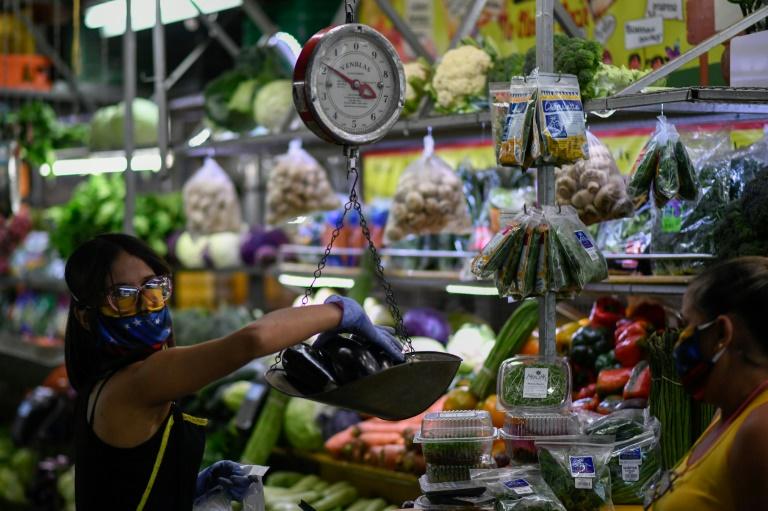 La inflación en Venezuela le ganó la carrera al salario mínimo - septiembre 28, 2021 11:32 pm - NOTIGUARO - Economia