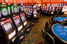 Gobierno otorgó licencias: 30 casinos abrirán próximamente en Venezuela - septiembre 2, 2021 4:42 pm - NOTIGUARO - Economia