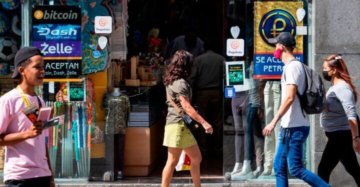 A dos semanas de la reconversión monetaria: Reinan dudas, incertidumbre e indiferencia en Venezuela - septiembre 18, 2021 8:00 am - NOTIGUARO - Economia