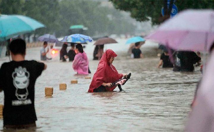 En China: Lluvias dejan cinco muertos y más de 50 mil evacuados - octubre 7, 2021 3:22 pm - NOTIGUARO - Notiguaro