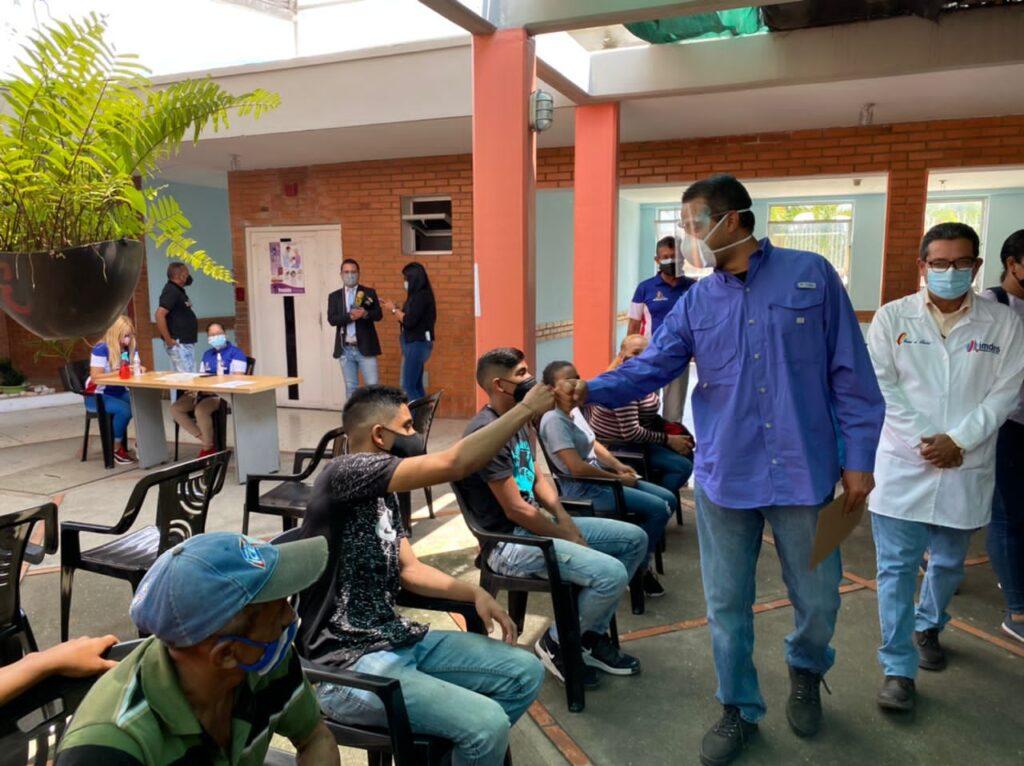 En Lara: Alcaldía de Iribarren activó centro de vacunación contra la covid-19 - octubre 8, 2021 3:30 pm - NOTIGUARO - Locales