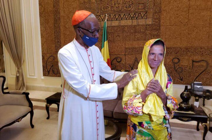 En Malí: Liberan a monja colombiana secuestrada en 2017 por Al Qaeda - octubre 10, 2021 11:00 am - NOTIGUARO - Colombia