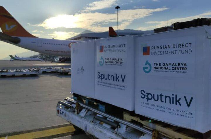 ¡Otro lote! 822 mil dosis de vacunas Sputnik V llegaron a Venezuela - octubre 21, 2021 3:19 pm - NOTIGUARO - Nacionales